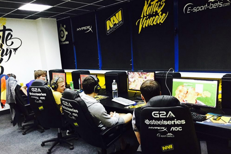 natus vincere team house