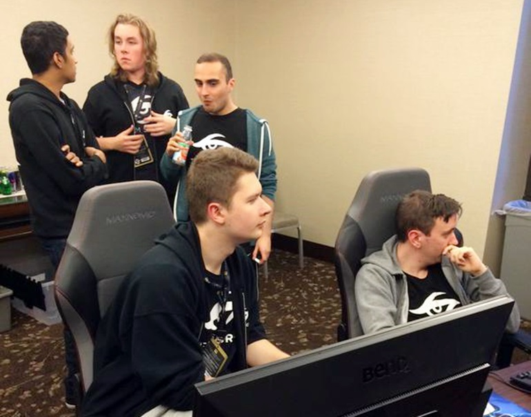 Team Secret post-match discussion during the first day of the TI5 Group Stage