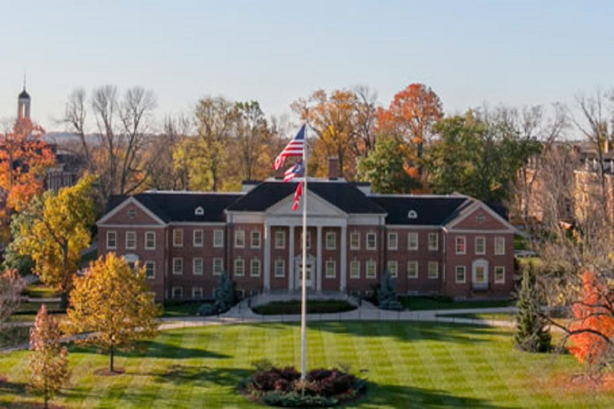 miami university ohio application essay Find everything you need to know about miami university student life, application the university is located in the miami valley region of ohio and is.