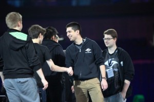 w33haa, shaking hands with Miracle at the Shanghai Major